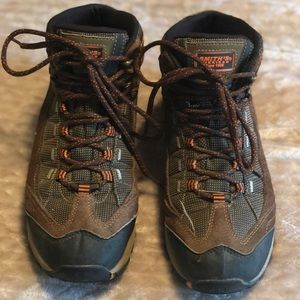 Shoes - Smith's American work boots